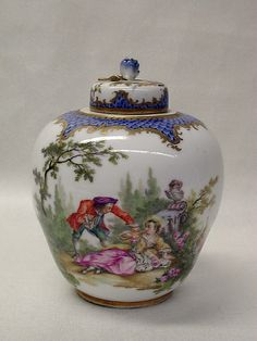 Tea caddy Meissen Manufactory Decoration in the style of Antoine Watteau 19th century