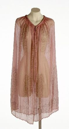 Sheer cape, Mariano Fortuny, [undated].