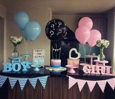 ▷ 1001 + gender reveal ideas for the most important party in your life Finding out your baby's gender is a big deal for lots of families. That is why we want to help you throw the best party with the best gender reveal ideas. Gender Reveal Box, Gender Reveal Party Games, Gender Reveal Themes, Pregnancy Gender Reveal, Gender Reveal Balloons, Gender Reveal Party Decorations, Baby Shower Gender Reveal, Baby Reveal Ideas, Gender Party Ideas
