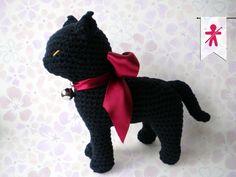 Crocheted by AmgurumisFanClub <3 Stuff The Body patterns!!! Pattern: https://www.etsy.com/listing/196453097/cat-amigurumi-pattern-seamless-crocheted?ref=shop_home_active_1