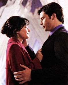 Image shared by Tayná. Find images and videos about smallville, lois e clark and fortaleza da solidão on We Heart It - the app to get lost in what you love. Lois And Clark Smallville, Lois E Clark, Clark Kent Lois Lane, Lana Smallville, Erica Durance, Superman Wedding, We Heart It, Superman And Lois Lane, The Wb