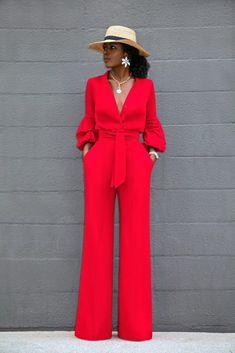 Style pantry button-down wide leg jumpsuit Classy Outfits, Chic Outfits, Fashion Outfits, Fashion Tips, Suit Fashion, Look Fashion, Fashion Design, 70s Fashion, Korean Fashion