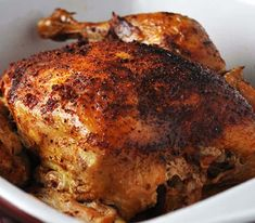 The beer chicken in the slow cooker super easy to make .- To try this weekend! A delicious barbecue beer chicken in the slow cooker. Only three ingredients and lots of flavor. Vegetarian Crockpot Recipes, Slow Cooker Recipes, Cooking Recipes, Beer Recipes, Chicken Recipes, Recipies, Traditional Irish Soda Bread, Beer Can Chicken, Irish Soda Bread Recipe