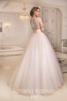 823074c0670c951 diseñador vestido de novia rusa Tatiana Kaplun Большие Свадебные Платья,  Свадебные Платья, Элегантные Платья