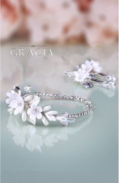 Flower Bridal Jewelery Set Bracelet and Earrings by TopGracia    #topgraciawedding