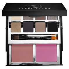 Bobbi Brown - Deluxe Eye & Cheek Palette from Sephora. Love these shades! Eye Palette, Makeup Palette, Eyeshadow Palette, Eyeshadows, Drugstore Makeup, Makeup Brands, Luxury Cosmetics, Holiday Makeup, I Love Makeup