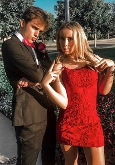 Red Homecoming Dresses, Short Tight Hoco Dress, Homecoming Pictures #sevenprom #redhomecomingdresses #hocopictures #homecomingphotos Long Tight Dresses, Homecoming Dresses Tight, Prom Outfits, Hoco Dresses, Black Prom Dresses, Long Bridesmaid Dresses, Casual Dresses, Formal Dresses, College Outfits