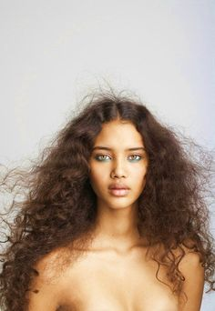 Taurus people are the most likely to rock their natural beauty, natural makeup, natural hair.appearing to look beautiful with minimal effort. Curly Hair Styles, Natural Hair Styles, Natural Curls, Natural Beauty, Pure Beauty, Wavy Curls, Curls Hair, Long Curls, Messy Hair