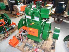 Engines Small Diesel Generator, Power Generator, Homemade Tools, Engine Types, Generators, Solar Power, Farming, Tractors, Engineering