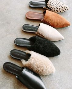 Jenni Kayne mules for fall/winter. Style Girlie, My Style, Cute Shoes, Me Too Shoes, Trendy Shoes, Ugly Shoes, Casual Shoes, Look Fashion, Fashion Shoes