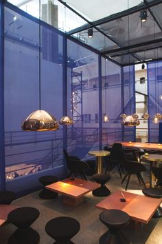 Restautant I Hotel I Eatiing I Void Light Lighting by Tom Dixon