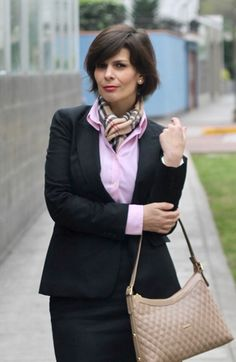 Business Look, Pretty Woman, Straw Bag, Lady, Casual, Shirts, Style, Fashion, Dressing Up