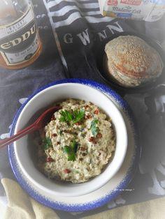 Rillettes de maquereau aux épices sur blinis au sarrasin – Quoi qu'on mange ? Le Curry, Mets, Hummus, Oatmeal, Grains, Breakfast, Ethnic Recipes, Food, Toast