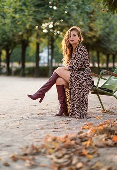 Melody from laminutefashion - Autumn Vibes : Robe Léopard Et Bottes You are in the right place about Equestrian Fashion black Here we offer you the most beautiful pictures about the Equestrian Fashion Fashion Models, Girl Fashion, Fashion Black, Fashion Boots, Trendy Outfits, Fall Outfits, Beige Outfit, Equestrian Style, Equestrian Fashion