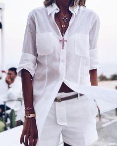 "1,663 Me gusta, 81 comentarios - SUSI REJANO (@susirejano) en Instagram: ""Total white. #ootd"" 50 Fashion, White Fashion, Look Fashion, Fashion Outfits, Womens Fashion, Looks Street Style, Looks Style, My Style, Trendy Outfits"