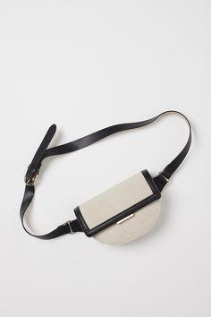 Leather Belt Bag, H&m Gifts, Textiles, Light Beige, Metal Buckles, Fashion Company, Leather Craft, Women's Accessories, Clutches