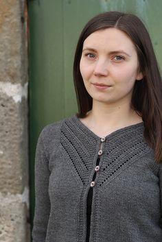bff96e0f93feec Islay by Gudrun Johnston - Ravelry pattern Sweater Knitting Patterns