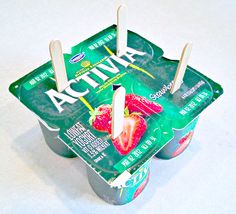 """""""The Coolest, Easiest, Yummiest Yogurt Pops Your Kitchen Has Ever Seen!"""" The kids want a fast snack to cool them off and mom wants them to have something more than just sugar.yogurt pops for the win! Köstliche Desserts, Delicious Desserts, Frozen Desserts, Frozen Yogurt Pops, Greek Yogurt, Kids Yogurt, Do It Yourself Food, Cuisine Diverse, Little Lunch"""