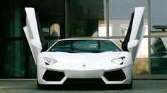 Lamborghini Aventador  http://www.autorevue.at/best_of_test/modellvorstellung/il-bruto.html