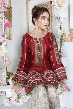 Pakistani Fashion Party Wear, Pakistani Wedding Outfits, Pakistani Dresses Casual, Pakistani Dress Design, Pakistani Designer Clothes, Pakistani Designers, Indian Fashion, Fancy Dress Design, Stylish Dress Designs
