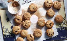 Healthy Oatmeal and Tahini Cookies - tahini/honey/oatmeal - nuts/chocolate/cinnamon Gluten Free Desserts, Cookie Desserts, Sweets Recipes, Baby Food Recipes, Sugar Free Oatmeal, Healthy Oatmeal Cookies, Cinnamon Cookies, Oat Cookies, Vegan Sweets