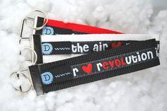 rEVOLution is in the air / LOVE is in the air - Schlüsselband von DaiSign  http://de.dawanda.com/product/48408166-Schluesselband-Schluesselanhaenger-rEVOLution-schwar