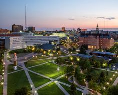 Cincinnati Starchitecture - The University of Cincinnati Master Plan was designed by Hargreaves Associates in - The New York Times Landscape Architecture, Landscape Design, University Architecture, University Of Cincinnati, University Life, Music School, Famous Architects, Writing Jobs, College Campus