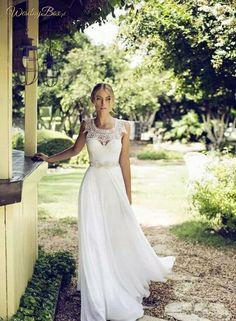 Suknia ślubna z haftami na górze! Piękne zdobienia♥