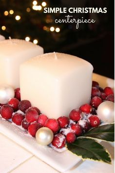 Try this simple Christmas centerpiece for your next holiday dinner.