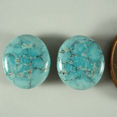 Lone Mountain Turquoise 662 carats oval cabochon