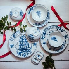 Shop The Starter Kit from By Mutti in Plates & bowls, available on Tictail from Plates And Bowls, Side Plates, Beautiful Table Settings, Dinner With Friends, Casual Dinner, Starter Kit, Starters, Gift Guide, Decorative Plates