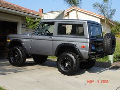 Next project vehicle. Old Ford Bronco, Bronco Truck, Bronco Ii, Early Bronco, Chevy Diesel Trucks, Old Pickup Trucks, New Trucks, Cool Trucks, Lifted Trucks