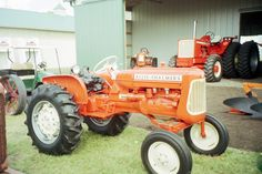 Allis Chalmers D10 Series tractor