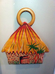 Vintage Tiki Hut Purse by LAvintageConnection on Etsy, $55.00