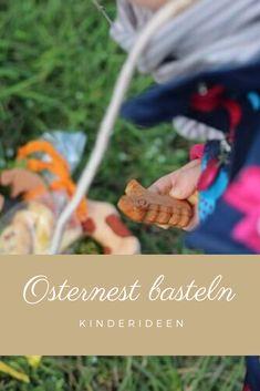 Osternest basteln mit Kindern - Nestchen aus Moos für Geschenke des Osterhasen basteln mit wenig Materialien  #ostern #osternest #basteln Diy Ostern, Diy, Small Plastic Bags, Recipes For Children, Traveling With Children