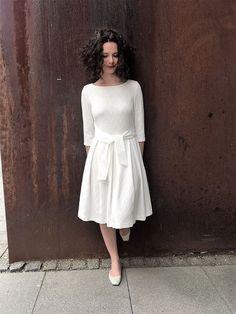 Brautkleider - Brautkleid / Hochzeitskleid in Cremeweiß - ein Designerstück von redcollection bei DaWanda Cream White, White Dress, Neckline, Wedding Dresses, Long Sleeve, Skirts, Beautiful, Tops, Design