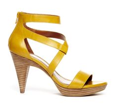 Stacked heel in mustard yellow | Sole Society