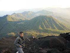 Bromo Tengger Semeru Tour Guide: Climb the highest peak of Java