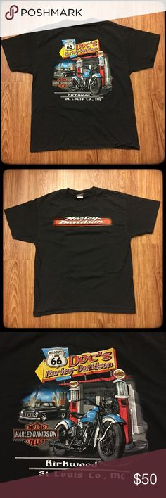 """Harley-Davidson Kirkwood St. Louis, MO T-shirt 📦Same day shipping (as long as P.O. is open for business). ❤ Measurements are approximate. Descriptions are accurate to the best of my knowledge.  This classic Harley-Davidson t-shirt is from  Kirkwood/St. Louis, Missouri. The first photo is the back of the shirt. The second photo is the front of the shirt. It is in excellent condition. It went into the dryer once and is now too short for my husband. Flat measurements: 21"""" across chest, 27.25""""…"""