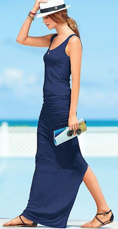 navy #blue ruched maxi dress http://rstyle.me/n/mtxwrr9te
