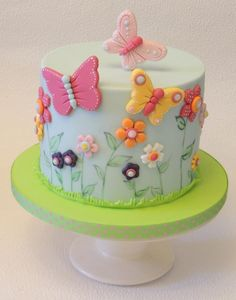 Simple Flowers & Butterflies - Cake by Shereen