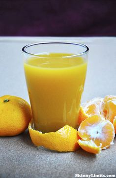 Ginger Carrot and Tangerine Juice - This tangerine juice is ready in no time and it is a fresh, vitaminizing juice that keeps the flu away! Perfect raw juice for the cold season.