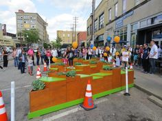 Local businesses and designers collaborated on 5 parklets in Covington, Kentucky that fill spaces normally occupied by cars. Each parklet is playful and unique, inviting Kentuckians to reimagine their streets as active public spaces. Covington Kentucky, Land Use, Open Spaces, Public Spaces, Environmental Design, Urban Planning, Urban Design, Landscape Design, Promotion