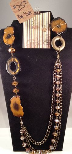 "Dramtic Fashion necklace and Earring set. 37"" overall leangth with a 3"" extender.  Necakacle can be worn several ways, depending on where you clasp it. by RockinRobinsBling, $25.00"