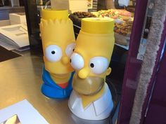 While in Springfield you can pick up a Simpson's Sipper for $15.99, which can end up being a wise investment if you play your cards right. | 33 Insider Tips For Taking Your Kids To Universal Studios Hollywood