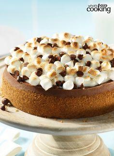 S'more Cheesecake #recipe Chocolate Cheesecake Recipes, Chocolate Cream Cheese, Melting Chocolate, Fudge, Toronto, Yummy Treats, Yummy Food, Philly Food, No Bake Desserts