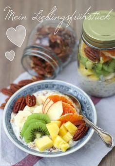 Overnight-Oats mit frischem Obst und Nüssen...