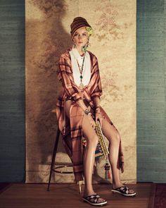 Η Zara παρουσιάζει τη νέα γυναικεία συλλογή για τη σεζόν Άνοιξη Καλοκαίρι  2018. Magazine 604b1062547