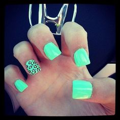 Neon and Animal Print Nails #neoncheetah