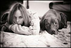 Stella McCartney und Kubrick, Hund des Fotografen Sean Ellis, aus dem Fotobuch Kubrick The Dog
